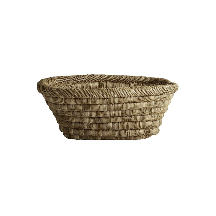 Oval floor basket in thick weave