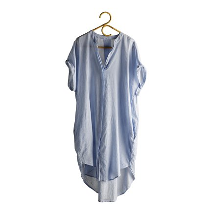 Light shirt dress with standing collar and V neck, baby blue
