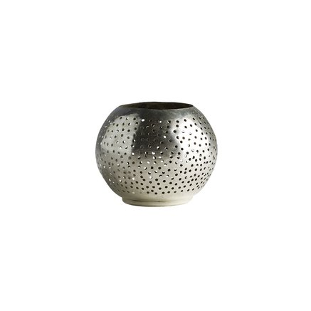 Round candle holder in silverpleated brass