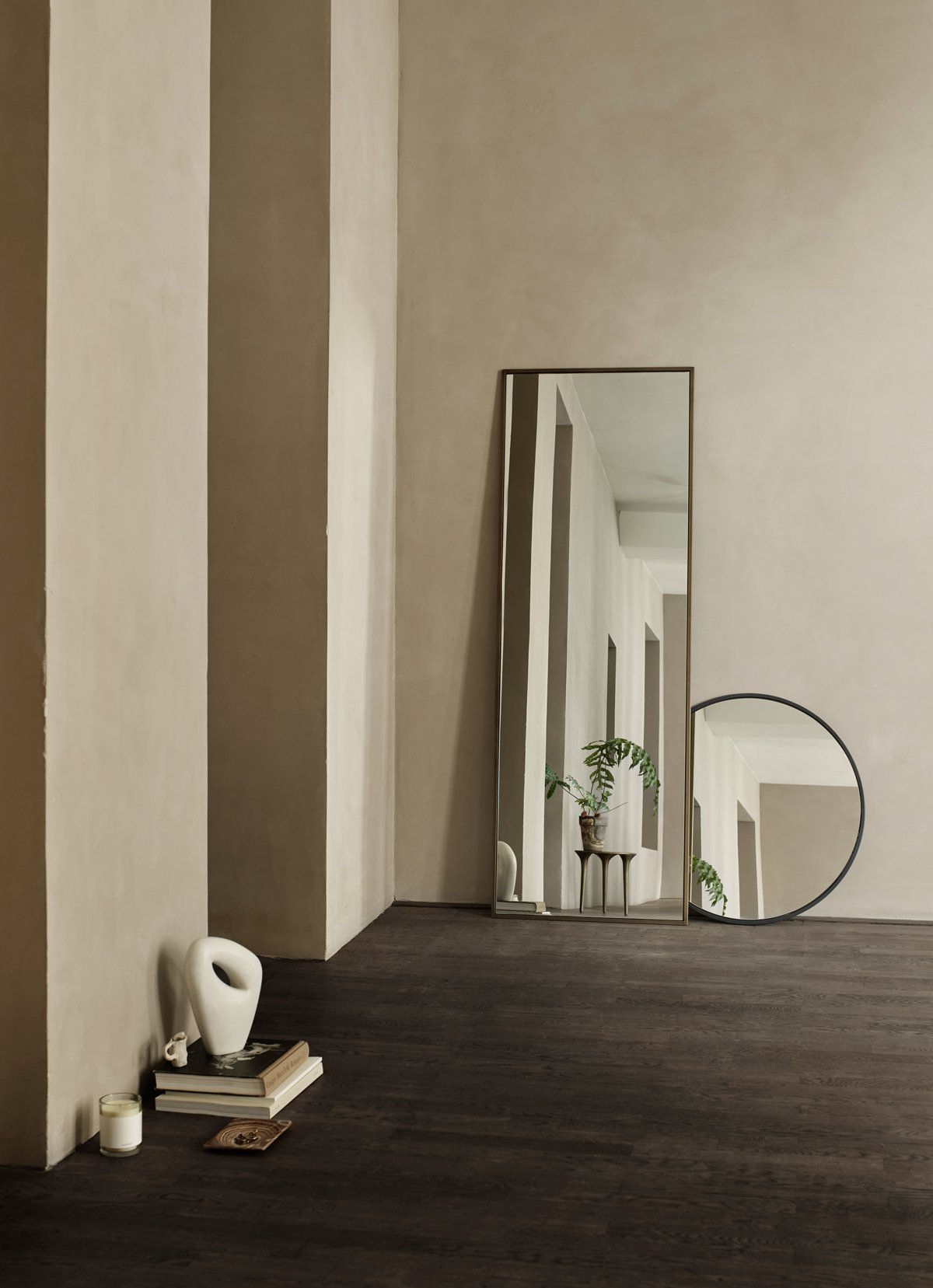 METMIRROR80X180-HG_METMIRRORO70-HG_SCENT-L-FIGTREE_SCENT-L-WHITETEA_SCENT-L-WOODNOTE_SCENT-L-CHRISTMAS_SCENT-L-DECEMBER.jpg