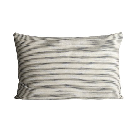 Thick woven cushion cover with horisontal stripes, 50 x 75 cm, azul