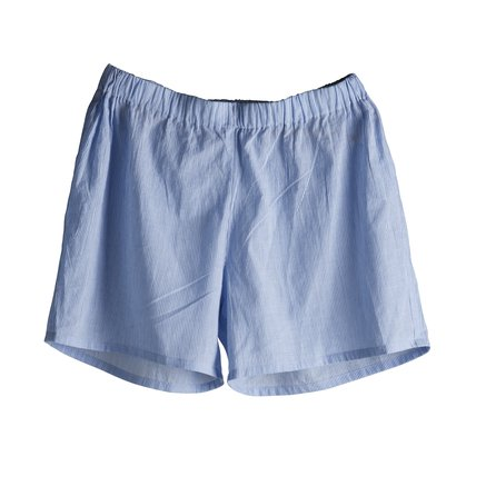 Shorts in light woven cotton, baby blue