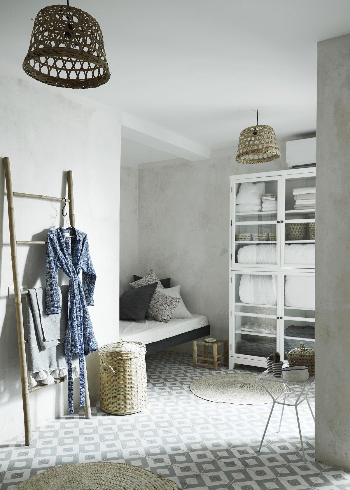 about tinekhome tine k home. Black Bedroom Furniture Sets. Home Design Ideas