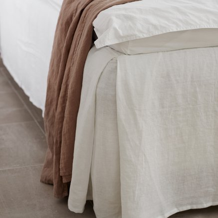 Bed skirt,140x200xH45 cm,linen w. cotton top,white