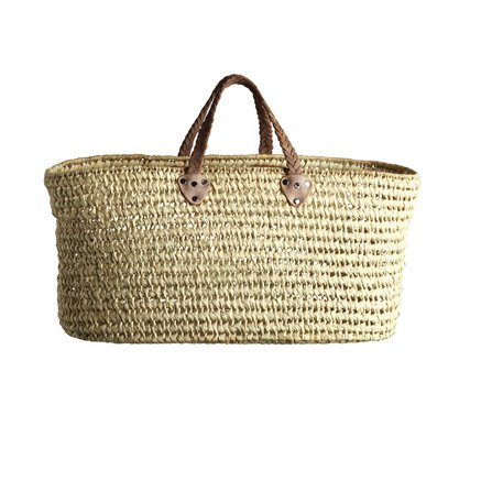 Basket in straw with flat base and woven leather handles, size L