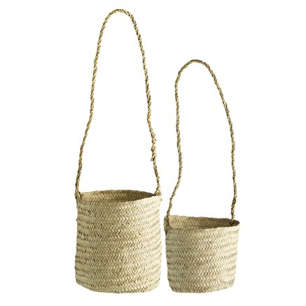2 baskets with long handles